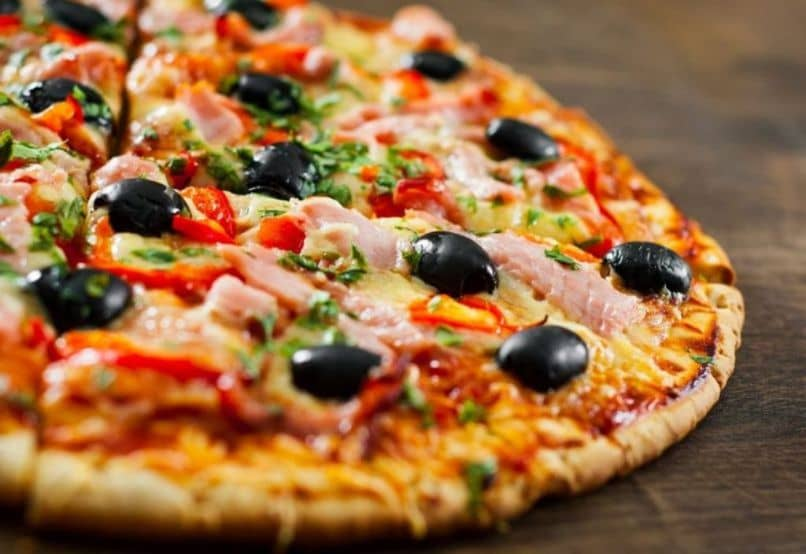 thin crust pizza black olives
