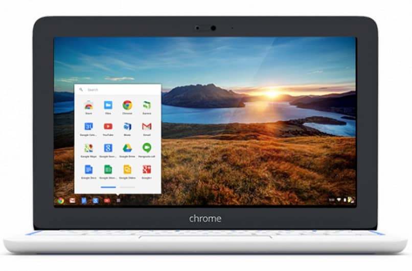 chrome book with landscape background