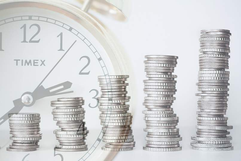 What is and how does the parity of the uncovered and covered interest rates work?