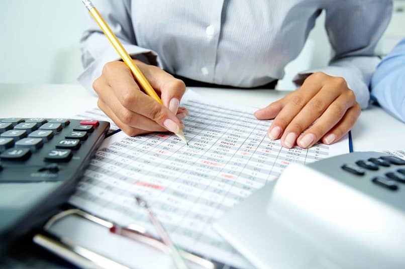What are the Steps and Procedures for Keeping Accounting Books of a Company?