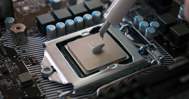 Thermal Paste: What is it and what is it for? Its Function, Types and how to Replace it on your PC