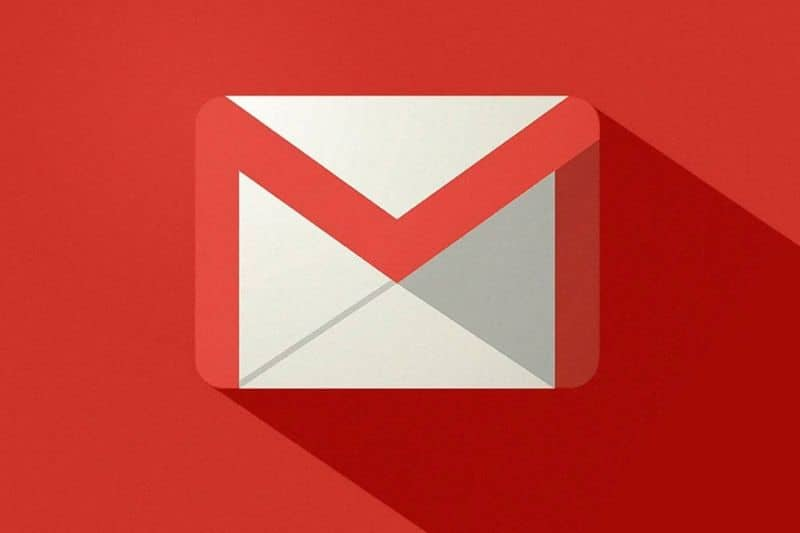 gmail logo with red background