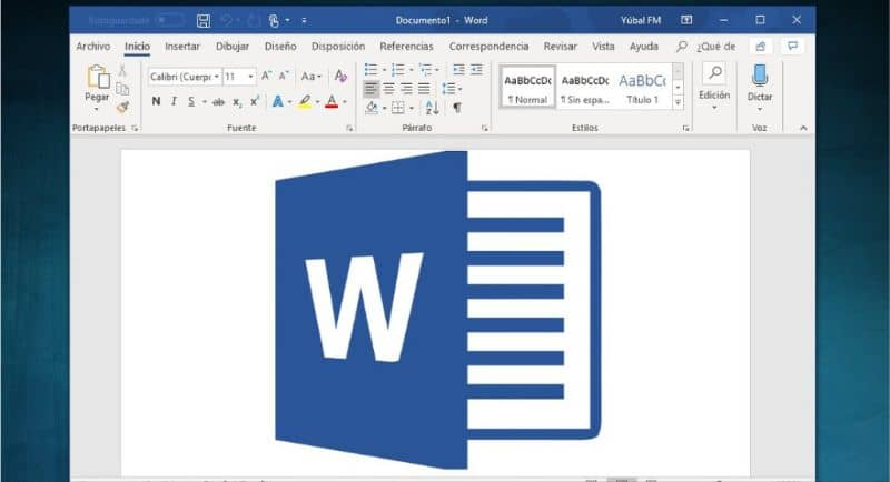 How to Put the Reading of a Document on Full Screen in Word