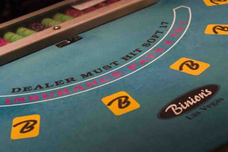 What Are The Best Apps To Play Casino, Poker And Blackjack Online?