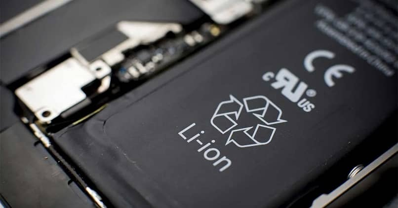 How can I put or adapt a battery with a higher or different amperage to my cell phone? Is it possible?