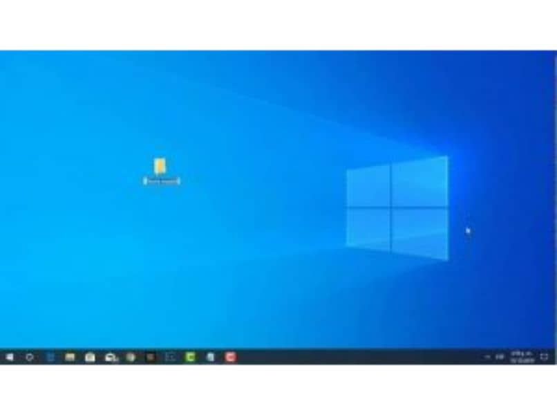 How to Hide and Show Icons on Windows Desktop - Quick and Easy