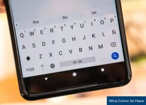 What are the Best Keyboards to Download on Android Cell Phones?