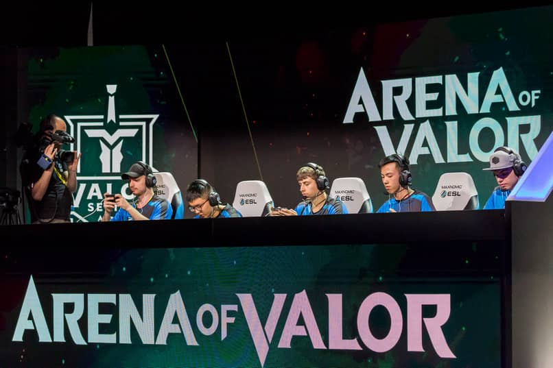 What is Arena of Valor?  How to Play Arena of Valor on Android and PC