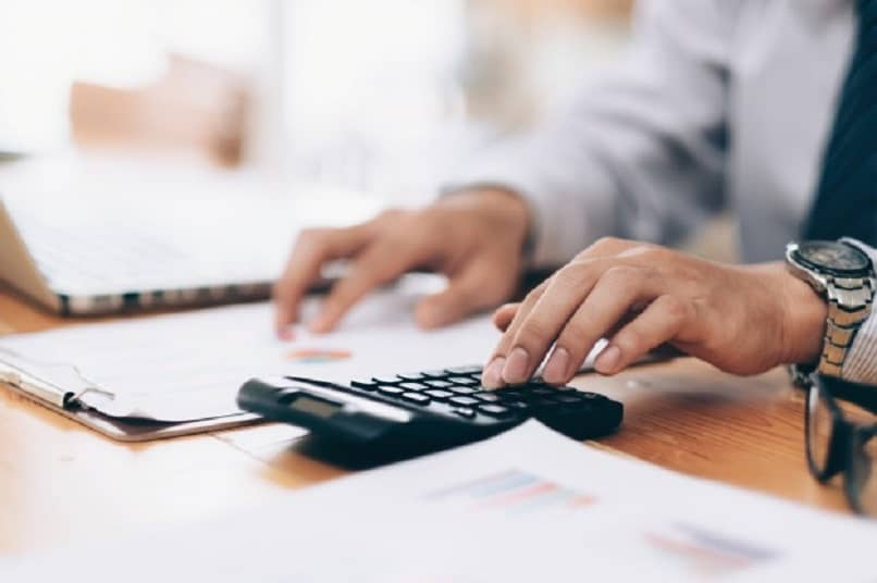 What is the Internal Control Procedure for Cash and Accounts Receivable?