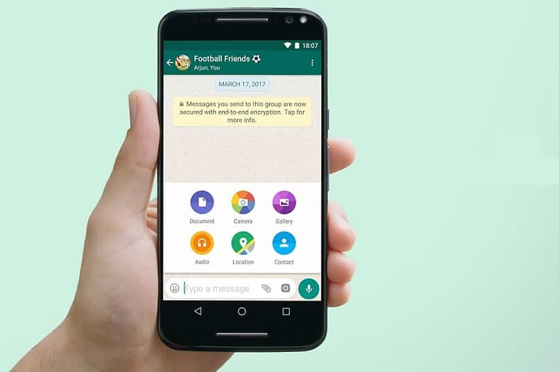 Why can't I download WhatsApp Audios, Photos or Videos? - Solution (Example)
