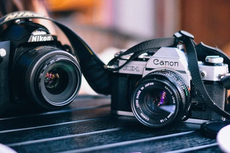 What Is And How To Use A Slr Camera Professionally?