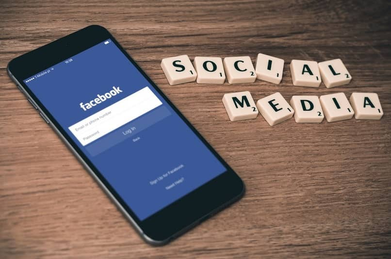 Creating and have two Facebook accounts with one quick and easy email