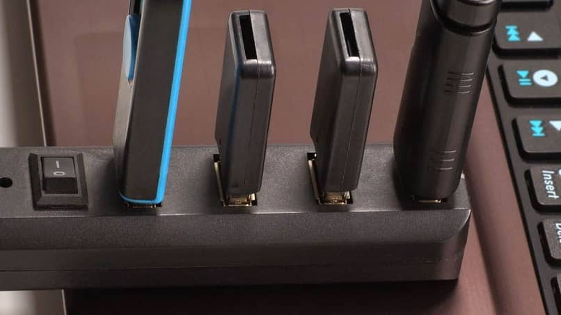 How A Usb Hub Home To Multiply Four Ports