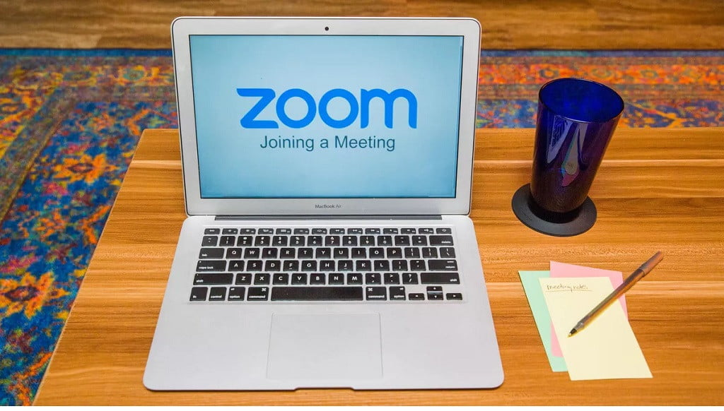 creating a room and create the link to share Zoom