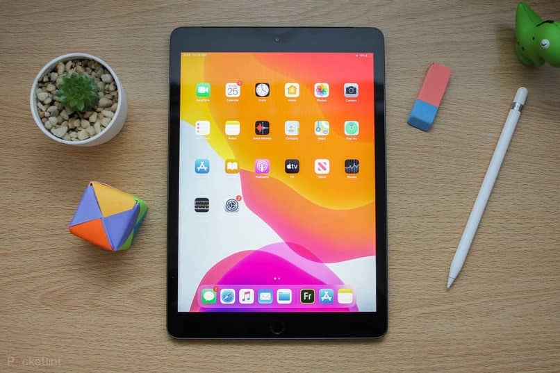 What Are The Best Free Apps To Install On An Ipad To Get Out?