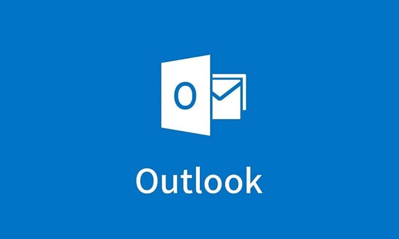 How to market or add a watermark at the bottom of an email from Outlook