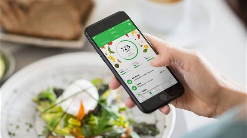 Mobile application plate with salad