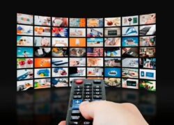 What are the Best Netflix-Like Alternatives to Watching Free or Paid Series and Movies?