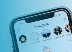 How to Insert, Upload and Post a WhatsApp Audio or Voice Note on Instagram Stories