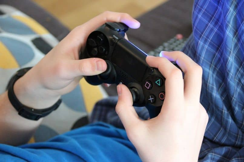 ps4 controller playing