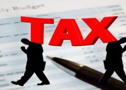 What are the Instructions for Completing IRS Form 1040 When Filing Taxes?