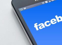 How to fix 'you can't use Facebook, we're reviewing the photo you sent us'