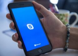 How to use Skype to Make Calls From My Mobile Free