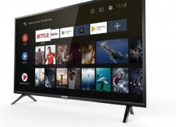 What is Better to Buy Between a Projector and a Smart TV?