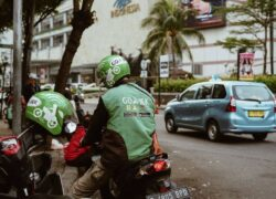 Who pays more and better?  Glovo, Rappi, Deliveroo, Uber Eats or OrdersYa?