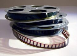 How to Remaster Old Videos or Movies Improving Quality Without Errors Easily