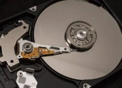 How to Repair a Damaged Hard Drive at Risk That Won't Start or Recognize Windows or MacOS?  (Example)