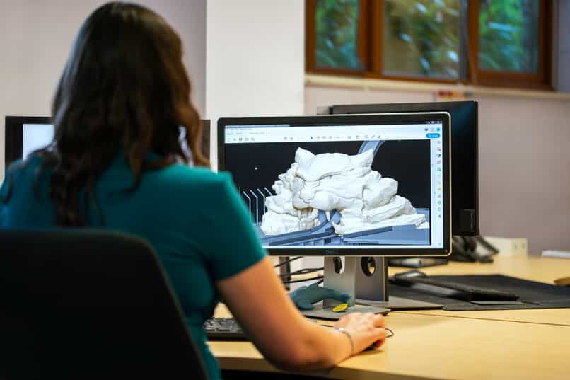 woman designing with autocad
