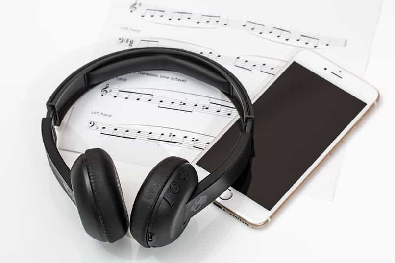 cell phone and gadget headphones