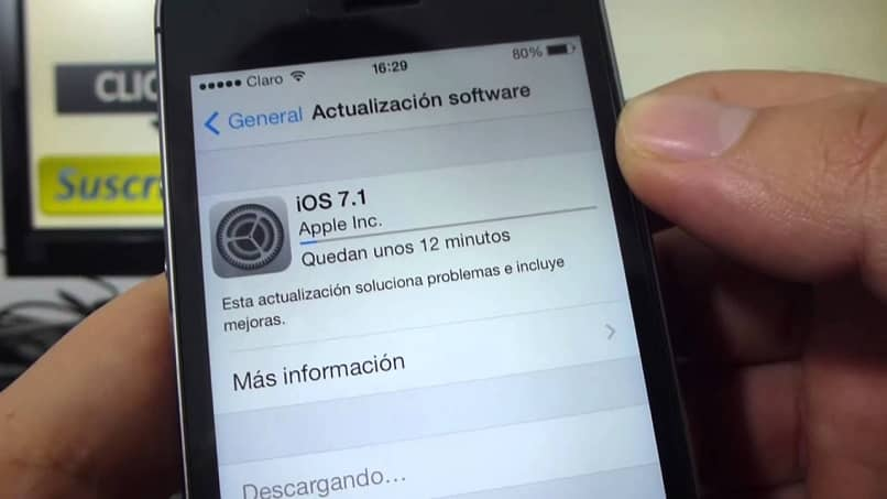 downloading ios software update