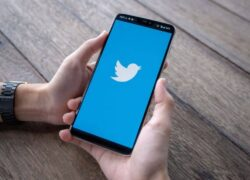 How to Search or Find People on Twitter by Number or Email?