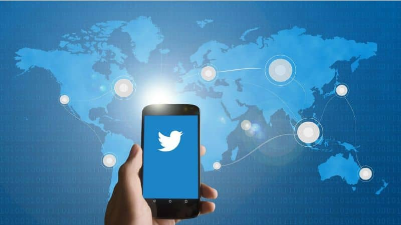 Android mobile, Twitter logo screen