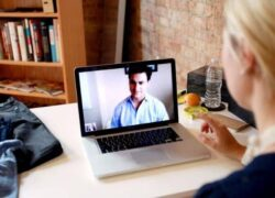 Why is the Webcam on my Windows Laptop Blinking?  - Solution