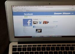 How to Avoid or Ignore a Friend on Facebook Without Being Easily Noticed